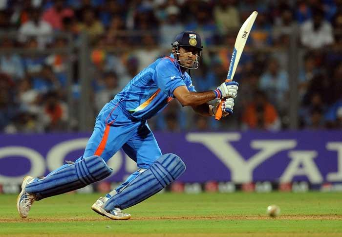 World Cup Final India Vs Srilanka Dhoni Bating Shot Stills