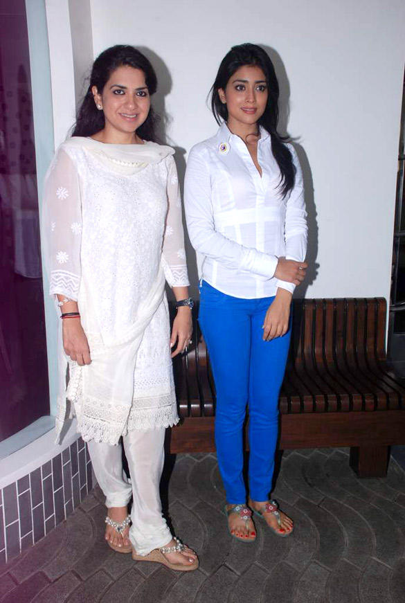 Shriya Saran and Shaina NC Poses During Save Mumbai Foundation Event