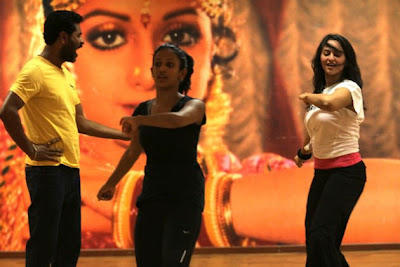 Sonakshi Rehearses With Prabhudeva For Oh My God Item Song Go Go Govinda
