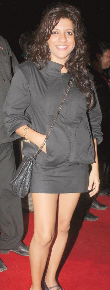 Zoya Akhtar Short Black Dress On Red Carpet