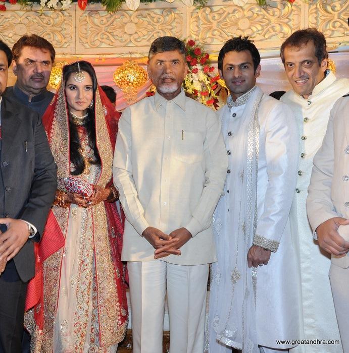 Shoaib Malik and Sania Reception Still
