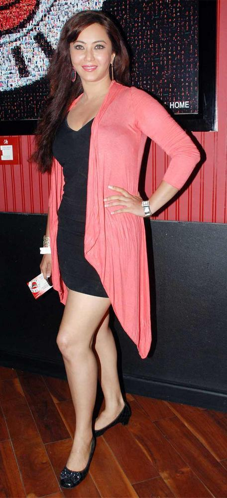 Nausheen Ali Sardar Sexy Pose at Ash Chandler's New Play Premier