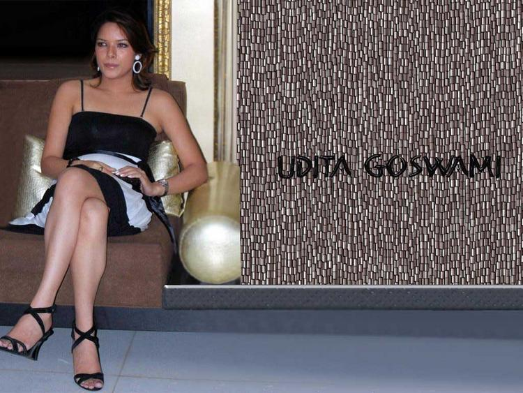 Udita Goswami Sexy Stylist Wallpaper