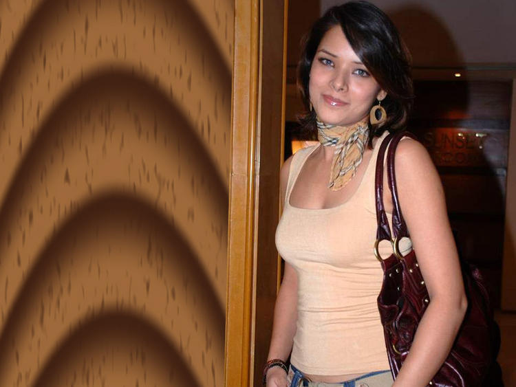 Udita Goswami Sweet Smile Stylist Photo