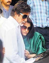 Aishwarya and Amitabh Latest Still