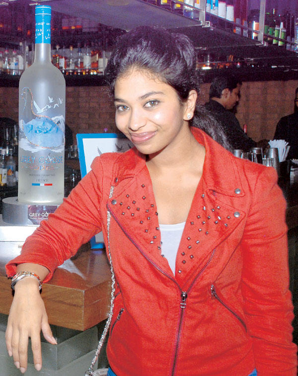 Anandita De Sweet Smile Pic At A Cocktail Party