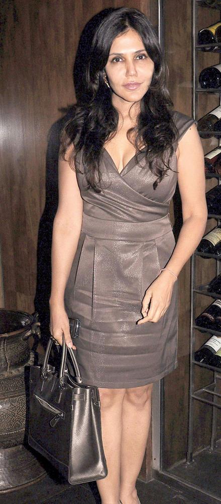 Nisha Jamvwal At A Cocktail Party