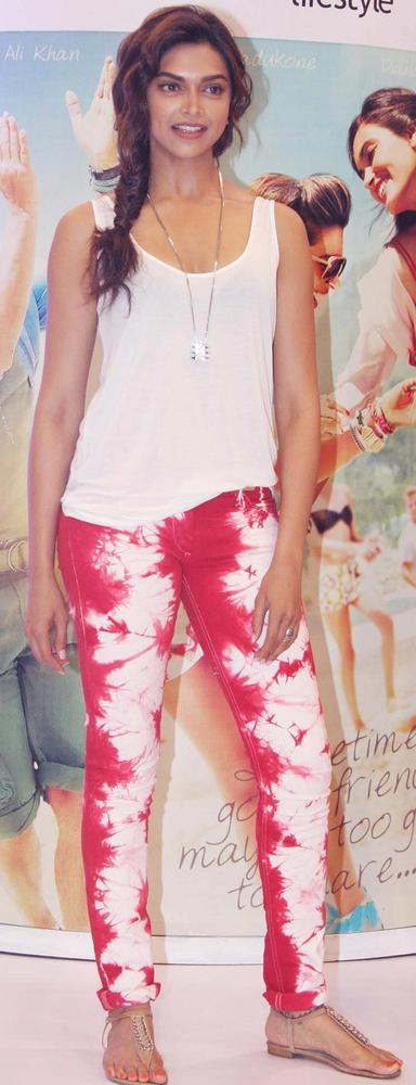Deepika Teams Up Red Pants With a White Top For a Promotional Event Of Her Cocktail