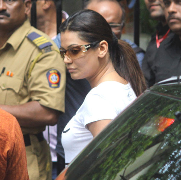 Payal Rohatgi at Dara Singh Funeral