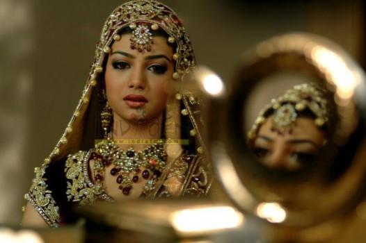 Ayesha Takia Looking So Beautiful