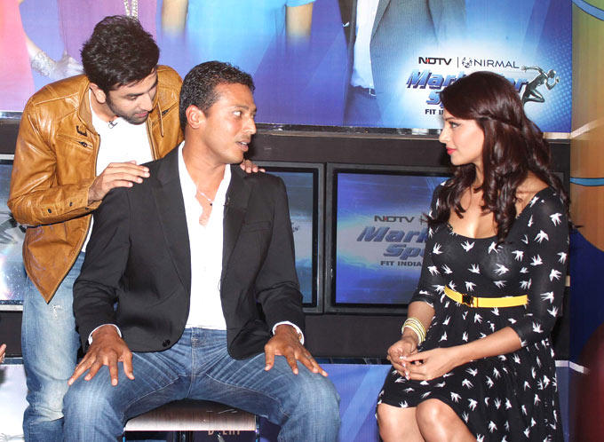 Bipasha,Ranbir and Mahesh During NDTV Marks For Sports Event