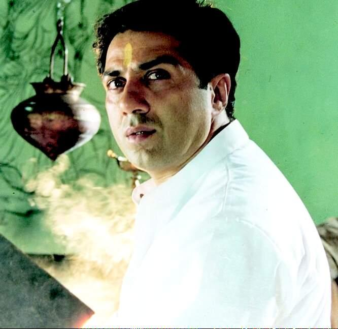 Sunny Deol Nice Look Picture