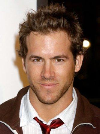 Ryan Reynolds Rock Hair Style Pic