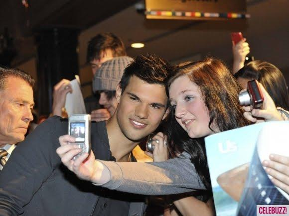 Taylor Lautner Nice Pose For Photo Shoot