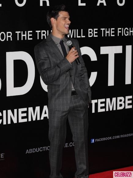 Taylor Lautner Speak During Abduction Premiere