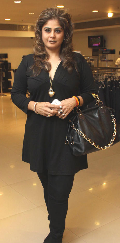 Amita In Black Dress  At Bhavikk's Book Launch Party