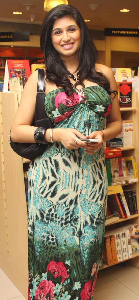 Vahbiz Smiling Pic  At Bhavikk Sanghvi's Book Launch Party