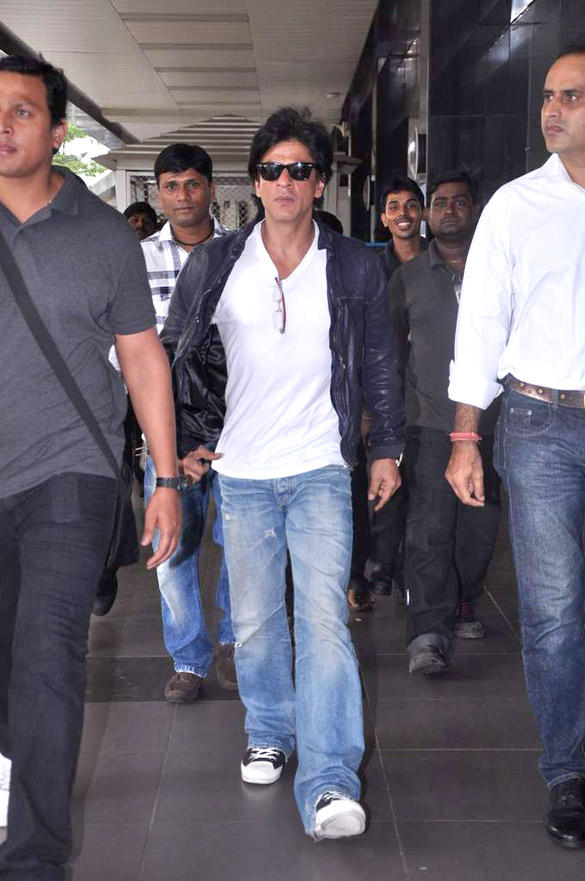 Shahrukh  Spotted At Airport