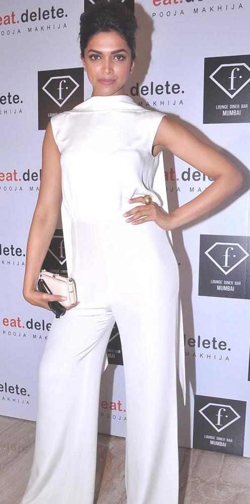 Deepika At F Lounge and Diner Bar For Launching Pooja Book Eat.Delete