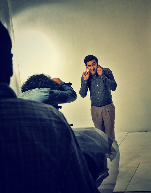 Ranbir Kapoor Cute Still On Sets Of Barfi