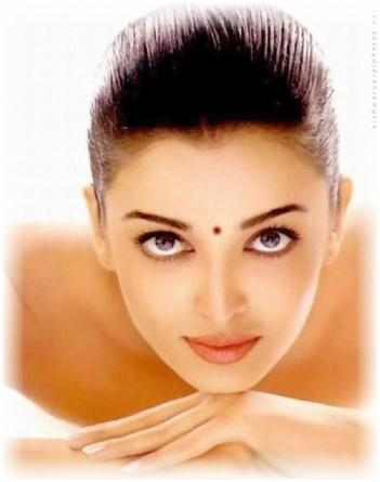 Aishwarya Rai Hot Look Picture