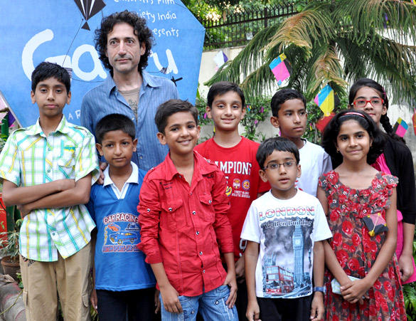 Cute Star Mohammad and Rajan With Kids During The Premiere Gattu