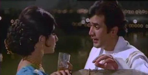 Chingari Koi Bhadke Classic Romantic Song Of Rajesh and Sharmila In Amar Prem