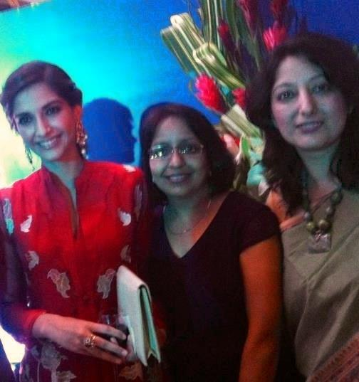 Sonam Kapoor Latest Sweet Pic at Fete Nationale