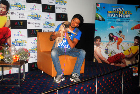 Riteish With Cute Dog at The Promotion Of Kyaa Super Kool Hain Hum