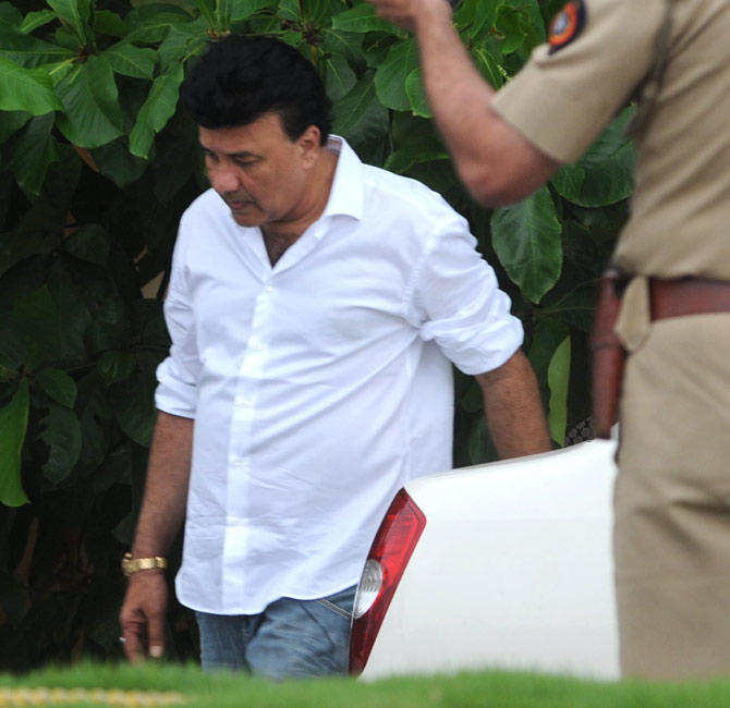 Music Director Anu Malik Arrives To Pay Tribute Rajesh Khanna