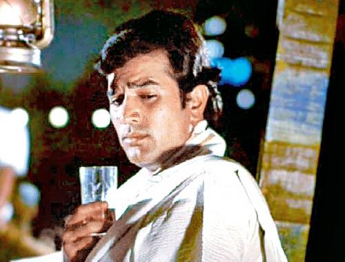 Who Can Forget The Famous Dialogue Of Kaka Pushpa I Hate Tears In Amar Prem