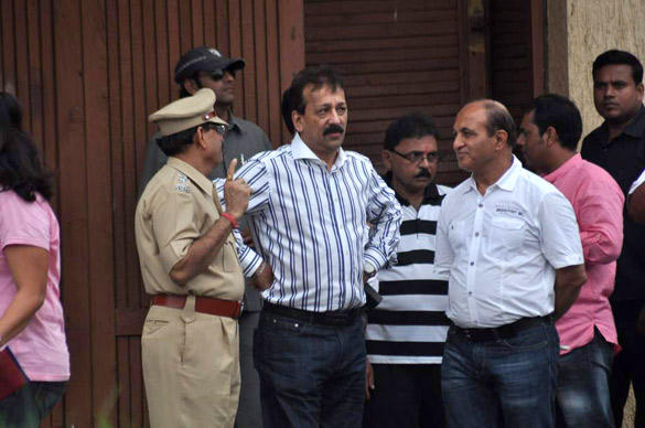 Baba Siddiqui Leaves After Paying Tribute To Superstar Rajesh Khanna