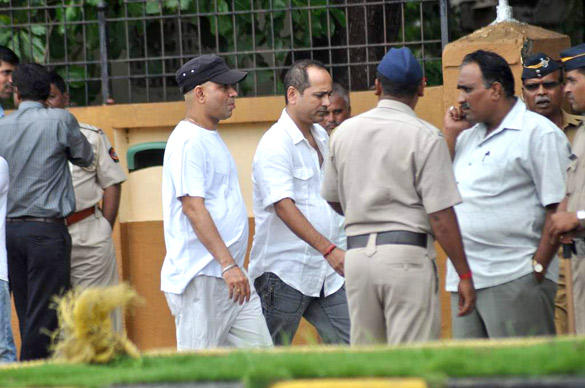 Celebs Leaves After Paying Tribute To Superstar RK