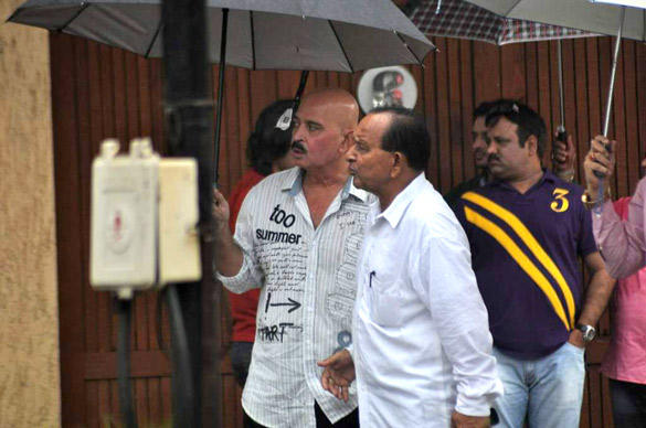 Rakesh Roshan Spotted at Paying Tribute To Superstar Rajesh Khanna