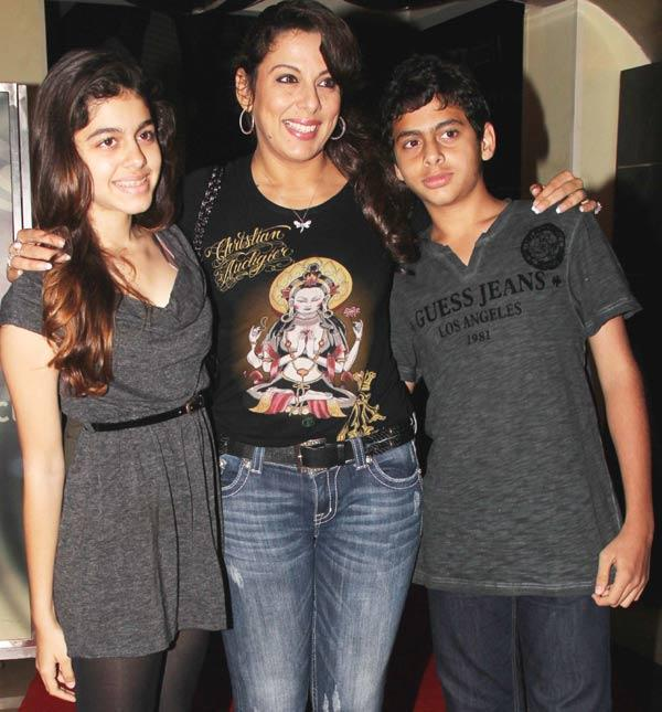 Pooja Bedi with her Daughter and Son at The Dark Knight Rises Screening