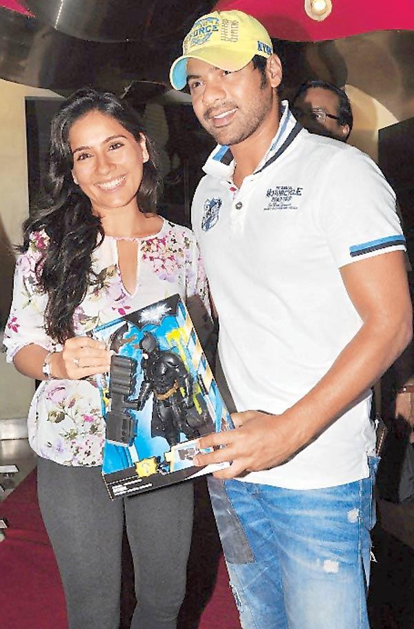 Shabbir Ahluwalia and Kanchi at the Dark Knight Rises Screening