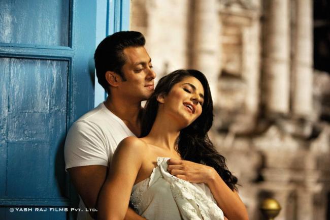 Salman and Katrina Wonderful Romantic Photo In Ek Tha Tiger