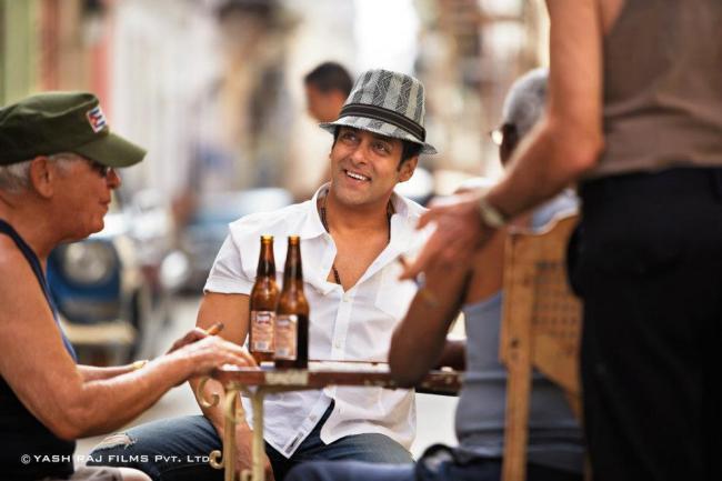 Salman Khan Cute Smiling Pic In Ek Tha Tiger