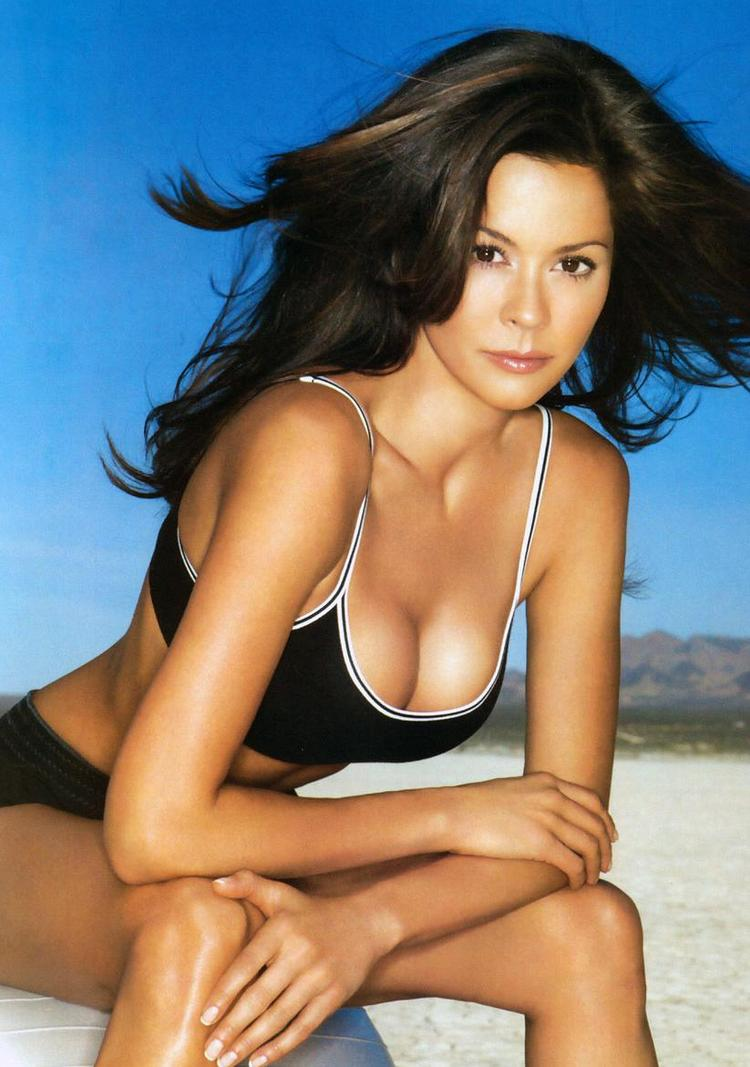 Brooke Burke Spicy Glamour Sexiest Still