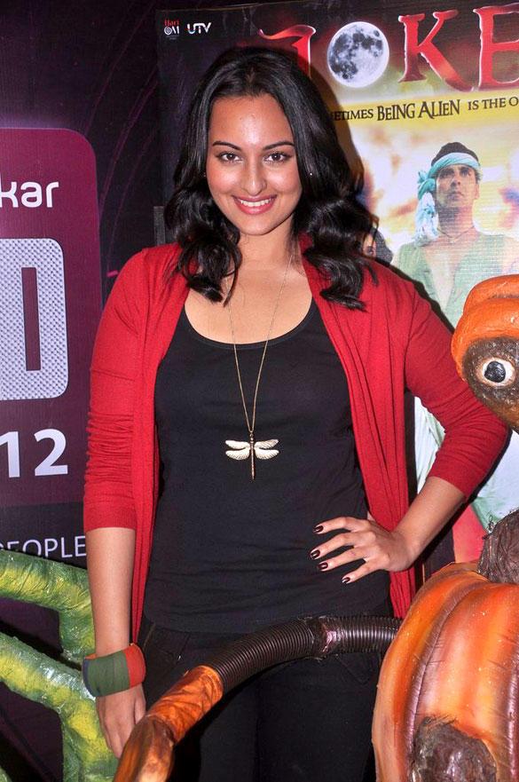 Sonakshi Sweet Smile Pic at Joker Movie Promotion