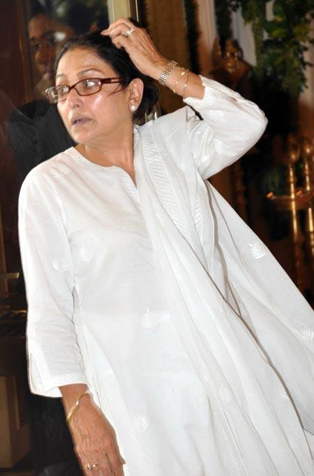 Celebs at Rajesh Khanna's Chautha Ceremony