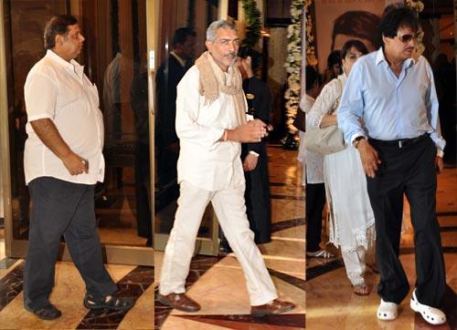 David Dhawan,Prakash Jha and Sanjay Khan Arrived Rajesh Khanna's Chautha Ceremony