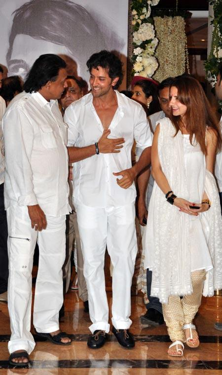 Hrithik and Suzanne at Rajesh Khanna's Chautha Ceremony