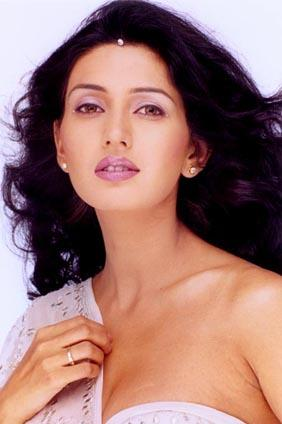 Deepti Bhatnagar Hot Look Picture