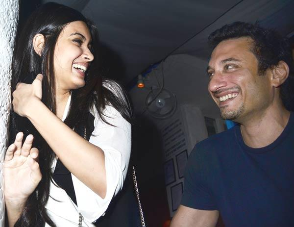 Diana Penty and Cocktail Director Homi Adjania Share a Laugh During Cocktail Movie Success Bash