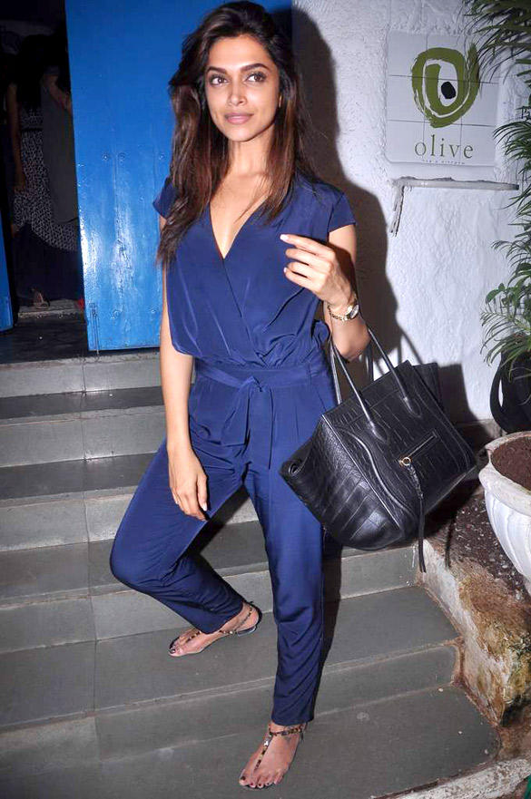 Gorgeous Deepika Padukone Spotted at Cocktail Movie Success Bash