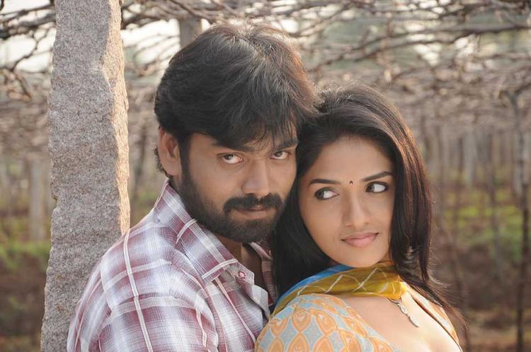Pandi Oli Perukki Nilayam Movie Sabareesh and Sunaina Hot Still