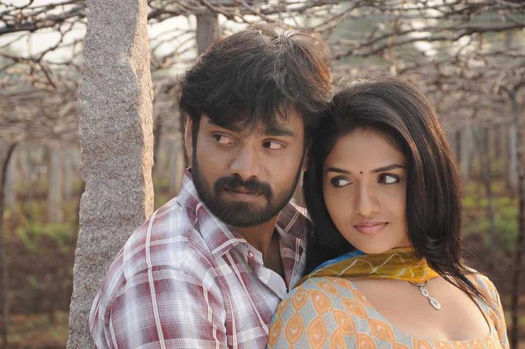Sabareesh and Sunaina A Still From Pandi Oli Perukki Nilayam
