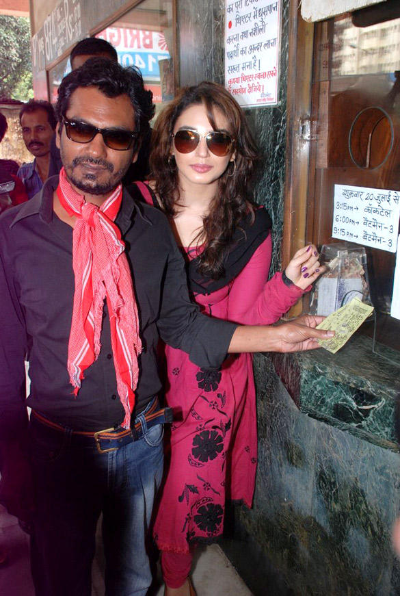 Huma and Nawazuddin at Maratha Mandir to Watch The 11.30 am Show DDLJ