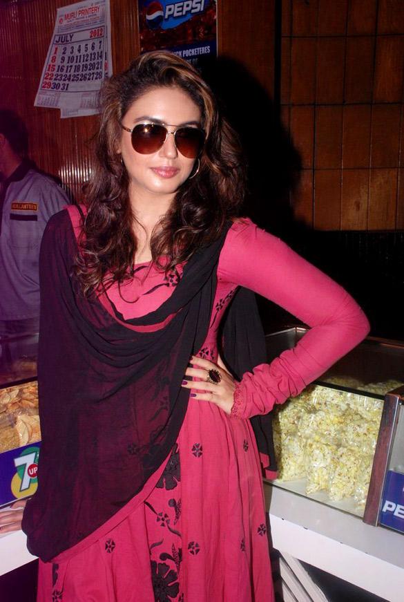 Huma Qureshi at Maratha Mandir to Watch The 11.30 am Show DDLJ